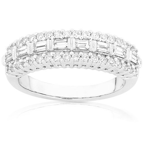 Round Brilliant & Baguette Diamond Band in 14k White Gold