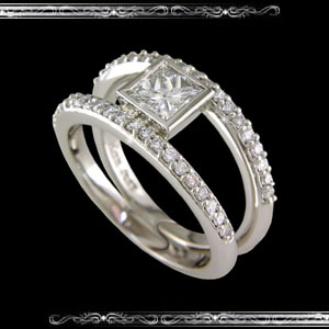 Right Hand Ring in 14K White Gold