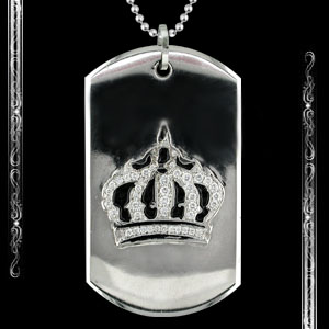 Crown Dog Tag in 14K white Gold