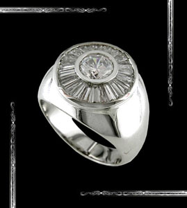Men's Ring set in 14K White Gold